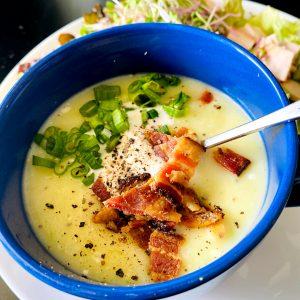Easy Loaded Cauliflower Baked Potato Soup | Whole30